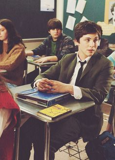 If I saw Charlie walking down the school hall wearing a suit, I wouldn't make fun of him. I would run up and hug him :').