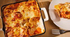Sajtos rakott csirke kolbásszal recept | Street Kitchen Lasagna, Penne, Ethnic Recipes, Food, Bulgur, Essen, Meals, Yemek, Pens