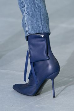 Ben Taverniti Unravel Project Fall 2019 Fashion Show Details High Heel Boots, Bootie Boots, Heeled Boots, Daily Shoes, Vogue, Designer Boots, Sexy Boots, Hot Shoes, Shoes Heels