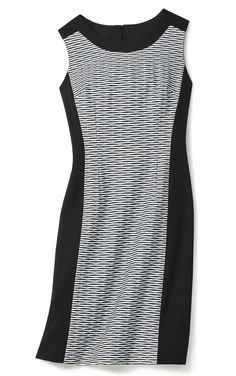 Thrive in your 9 to 5 with this perfect elegant sheath dress Dress Winter, Winter Wonder, Fabulous Dresses, Bold Prints, Sheath Dress, Winter Fashion, Mom, Elegant, Black