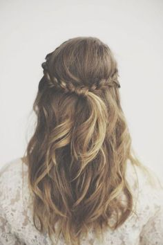 How pretty is this half-up half-down twisted braid?! Use a lightweight hydrating cream like Rahua Finishing Treatment on dry ends to prevent frizz and add shine