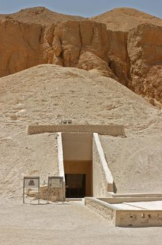 Abu Simbel, Small temple facade - Egypt | Outlet Landscapes ...