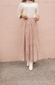 Dusty Rose Born To Be Wild Pleated Leopard Maxi Skirt Comfy Dresses, Modest Dresses, Modest Outfits, Skirt Outfits, Modest Fashion, Skirt Fashion, Dress Skirt, Casual Dresses, Fashion Dresses