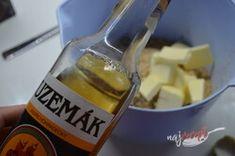 Orechová saláma obalená v kokose | NajRecept.sk Corona Beer, Beer Bottle, Ale, Food, Ale Beer, Essen, Beer Bottles, Meals, Yemek