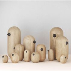 Petit oiseau en bois Little Bird - Normann Copenhagen Norman Copenhagen, Copenhagen Design, Wood Bird, Wood Turning Projects, Wooden Animals, Blog Deco, Designer Toys, Bird Design, Wood Lathe