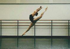Image de ballet, dance, and ballerina Dance It Out, Dance With You, Boris Vallejo, Royal Ballet, Alonzo King, Flexibility Dance, Alvin Ailey, Dance Poses, Ballet Photography