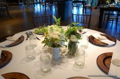 Gorgeous and Organic Vintage Florals in Milk Glass Vases and Mason Jars - The French Bouquet - Fotografie Sturm