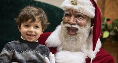 'Santa is WHITE. BOYCOTT Mall of America': Online racists are having a meltdown over mall's black Santa