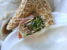 14k Titanite Sphene and White Sapphire Ring 6.02g SZ9