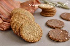 Ciasteczka Digestive German Christmas Cookies, Tea Biscuits, Digestive Biscuits, Cookie Crumbs, Cake Bars, Biscuit Cookies, Vegan Cake, Cookie Jars, Food And Drink