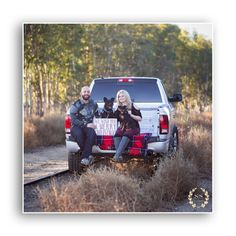 Holiday photo with truck and dogs