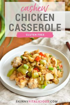 This Cashew Chicken Bake is a simple, one dish dinner packed with protein and vegetables. A healthy gluten free, low calorie meal the whole family will love! Healthy Low Calorie Meals, Low Calorie Dinners, Healthy Meal Prep, Low Calorie Recipes, Healthy Eats, Chicken And Vegetable Bake, Cashew Chicken, Baked Chicken, Low Calorie Casserole