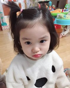 How to wash baby clothes? Cute Asian Babies, Korean Babies, Asian Kids, Cute Babies, Cute Little Baby, Cute Baby Girl, Little Babies, Baby Boy, Cute Baby Pictures