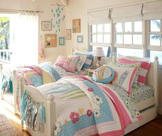 kids room//colourful//pottery barn..