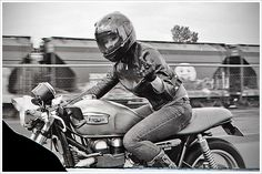 cafe racer girl triumph