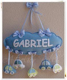 idea for a baby Baby Crafts, Felt Crafts, Diy And Crafts, Crafts For Kids, Sewing Crafts, Sewing Projects, Baby Mobile, Felt Mobile, Felt Baby