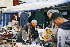 Rome : No Trastevere Sunday morning would be complete without a visit to its famous flea market, Porta Portese.