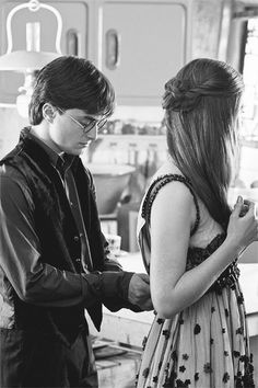 Harry and Ginny - seriously dress zippers are annoying because you need someone else to zip them at least when you get the top unless it gets stuck