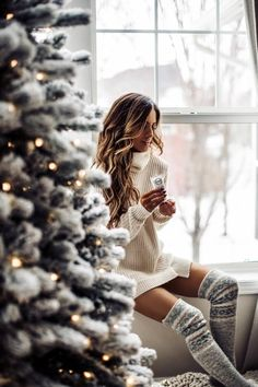 christmas photography christmas 10 Drugstore Beauty Products I Swear By - Mia Mia Mine 632685447636784904