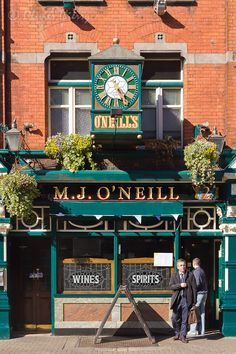 The best meal I had during a 2 week treck around the British Isles was here, at O'Neill's in Dublin, Ireland !