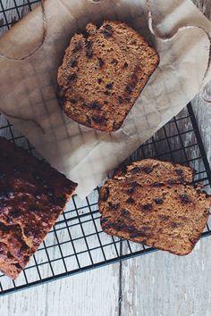 vegan chocolate chip banana bread | RECIPE on hotforfoodblog.com