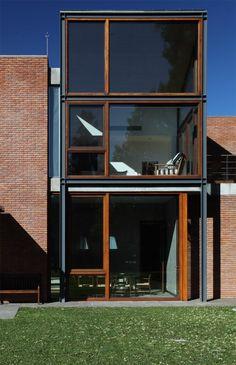 Casa en San Jorge / David Mutal Arquitectos