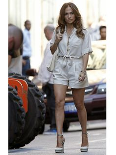 Jennifer Lopez: 'Papi' Shoot with Max and Emme!: Photo Jennifer Lopez greets her children Max and Emme on the set of her latest music video Jennifer Lopez Papi, J Lo Fashion, Womens Fashion, Hot Summer Looks, Summer Outfits, Cute Outfits, Casual Chic, Passion For Fashion, Celebrity Style