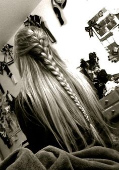 THIS IS ALL I WANT beautiful half french braid with long hair would look so great with curls to!