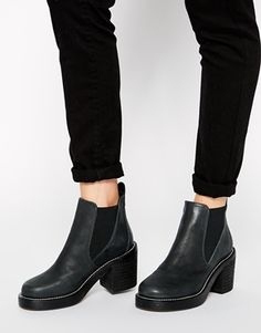 683f83db1db9 Chelsea Leather Ankle Boots Enter The Dragon