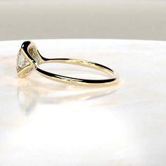 Radiant Engagement Rings, Yellow Engagement Rings, Cushion Cut Engagement Ring, Cushion Cut Diamond Ring, Bezel Set Ring, Ring Verlobung, Casual Rings, Gold Set, Or Rose
