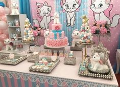 Aristocats Pretty Kitty Birthday Party - Birthday Party Ideas for Kids and Adults Hello Kitty Birthday, Cat Birthday, Birthday Gifts For Girls, Birthday Ideas, First Birthday Party Decorations, First Birthday Parties, Baby Shower Decorations, Pretty Cats, Pretty Kitty