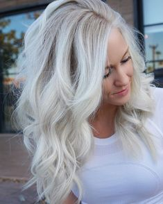 Shop our online store for blonde hair wigs for women.Best Lace Frontal Hair Blonde Wigs Light Blonde Hair Dye From Our Wigs Shops,Buy The Wig Now With Big Discount. White Blonde Hair, Light Blonde Hair, Dyed Blonde Hair, Icy Blonde, Platinum Blonde Hair, Light Brown Hair, Hair Dye, White Blonde Highlights, Blonde Hair Colors