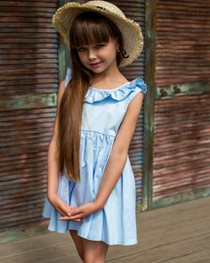 Cute Little Girl Dresses, Cute Young Girl, Beautiful Little Girls, Cute Outfits For Kids, Cute Little Girls, Beautiful Children, Cute Dresses, Girls Dresses, Pretty Kids