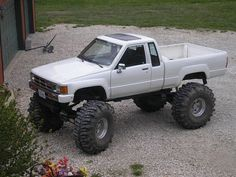Nice Toyota 2017: 1984 Toyota Pickup. Very beautiful truck....  Extreme Sports Check more at http://carsboard.pro/2017/2017/01/11/toyota-2017-1984-toyota-pickup-very-beautiful-truck-extreme-sports/