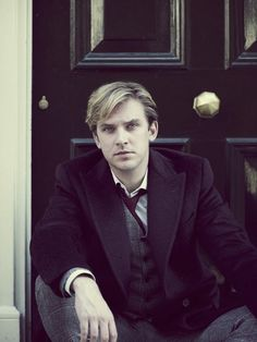 Downton Abbey's Matthew Crawley!! Oh Dan Stevens, why did you have to leave!!!!!