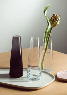 The Iittala X Issey Miyake vase has an elegant, slim shape that is ideal for emphasizing the beauty of a single flower. The vase is made of mouth-blown glass, and its height is 18 cm. Issey Miyake, Japan Design, Japanese Origami, Design Studio, Moma, Home Collections, Scandinavian Design, Scandinavian Lighting, Timeless Design