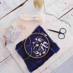 Yumiko Higuchi's embroideries are beautiful and process-oriented, so you see a lot of work-in-progress and detail shots on her popular Instagram account.