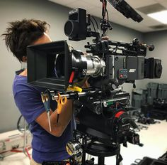 Awesome Arri Alexa prep shot by @arthur_to Tag a filmmaker  #camera #gear #arri #alexa #panavision #cinemacamera #cameras #videoshoot #videography #beast #lens #equipment