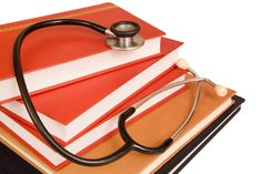 Medical reporters are destroying our knowledge about medicine Nursing Degree, Nursing Care, Nursing Jobs, Nursing Schools, Nursing Requirements, Corporate Wellness Programs, Alcohol Withdrawal, Classroom Training, Health Insurance Coverage