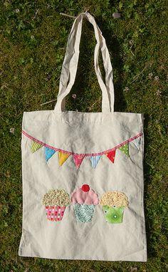 Hand Appliqued tote bag by bearpawandbearpaw, via Flickr