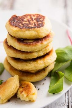 Do you have lots of mashed potatoes left over? Try this easy recipe for Leftover Mashed Potato Pancakes with Cheese! Made with 4 simple ingredients and ready in just 15 minutes, they make the best quick meal or appetizer. Served with applesauce or your favorite toppings, they are great for breakfast or lunch. They also make a great dinner side dish! Pan fried to crispy perfection, the inside turns out super fluffy and cheesy! Click through now to learn how to make this homemade savory treat!