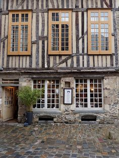 Rennes, Brittany, France   Love Rennes- wonderful compact city to visit with many outstanding restaurants and fun bars to visit. lsp