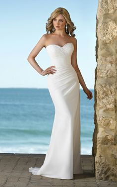 I am liking the simplicity of this chiffon style dress. A lot of room to add some bling. I Stella York - Style 5445
