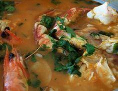 Mista Deliciosa de Tamboril e Camarão Mergulhado em Caldo de Arroz - http://www.receitasja.com/mista-deliciosa-de-tamboril-e-camarao-mergulhado-em-caldo-de-arroz/
