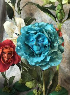 "Alice in Wonderland Talking Flowers ""BLUE ELDER"" by Sutherland Summer Breeze Series - Wilhelmine Alice In Wonderland Flowers, Alice In Wonderland Party, Alice Tea Party, Love Craft, Summer Breeze, Sugar Art, Ball Jointed Dolls, Flower Making, Blue Flowers"