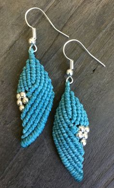 Pendientes turquesa macrame azul