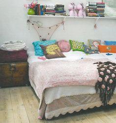 Bedroom + pink and black blanket
