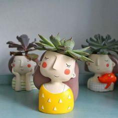 Face Planters, Flower Planters, Flower Vases, Flower Pots, Planter Pots, Succulent Planters, Planter Ideas, Sculpture Clay, Sculptures