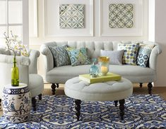 From the popularity of the color blue to the use of coral in pillows and area rugs, coastal themes are expected to reign supreme in 2014.