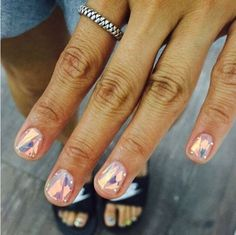 Have you discovered your nails lack of some stylish nail art? Yes, lately, many girls personalize their nails with lovely … Nail Design Stiletto, Nail Design Glitter, Nail Design Spring, Cute Nails, Pretty Nails, New Nail Trends, Nailart, Shattered Glass, Broken Glass